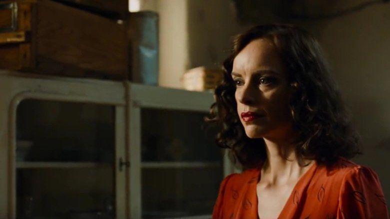 Phoenix (2014 film) movie scenes