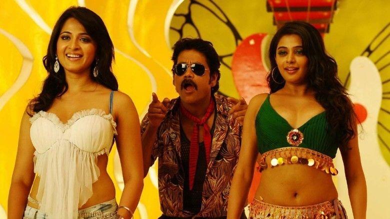 Ragada movie scenes