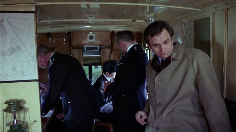 Robbery (1967 film) movie scenes