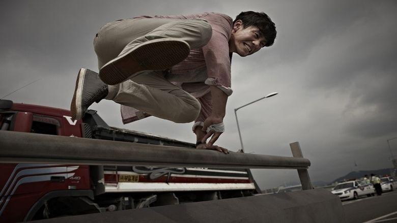 Running Man (2013 film) movie scenes