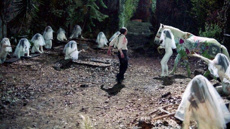 Santa Sangre movie scenes
