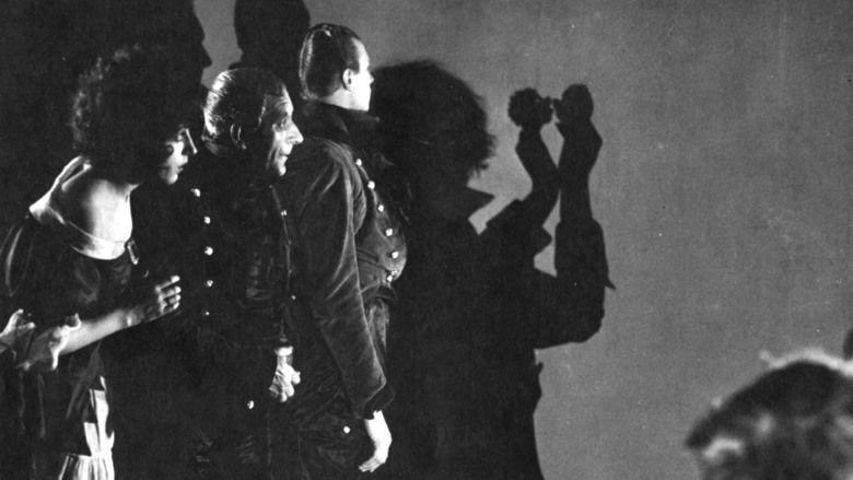 Schatten Eine nachtliche Halluzination movie scenes