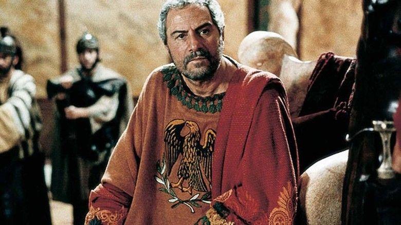 Secondo Ponzio Pilato movie scenes