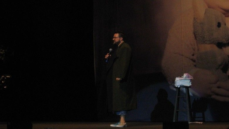 Sold Out: A Threevening with Kevin Smith movie scenes