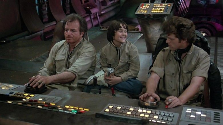 Space Raiders (film) movie scenes
