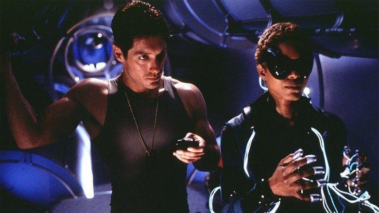 Supernova (2000 film) - Alchetron, The Free Social ...