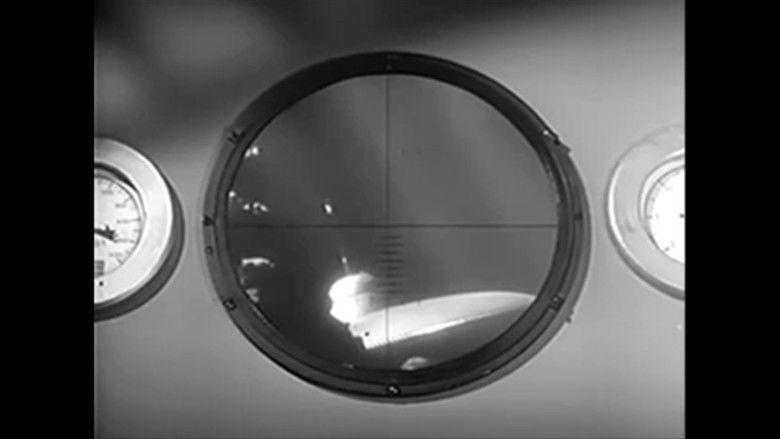The Atomic Submarine movie scenes
