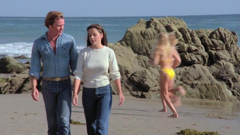 The Beach Girls movie scenes