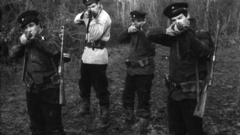 The Carabineers movie scenes