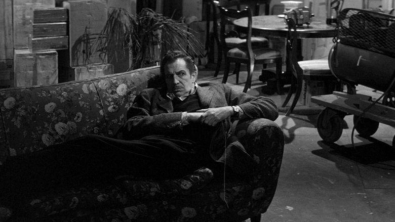 The Last Man on Earth (1964 film) movie scenes