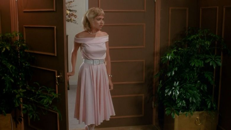 The Nest (1988 film) movie scenes