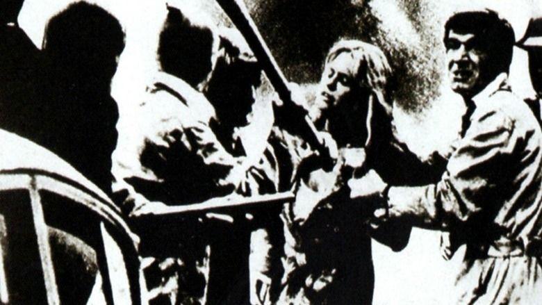 The Squeeze (1977 film) movie scenes