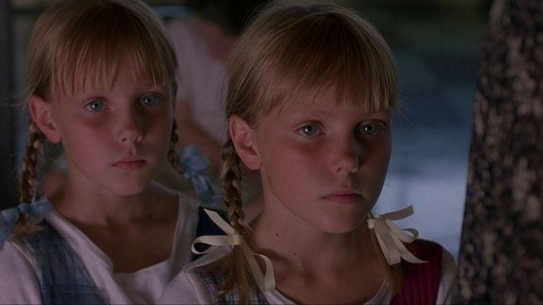 The Tie That Binds (1995 film) movie scenes
