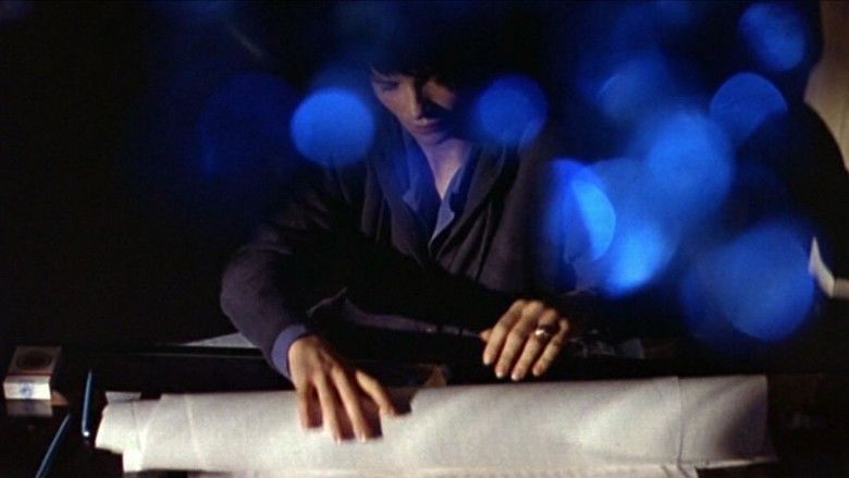 Three Colors: Blue movie scenes