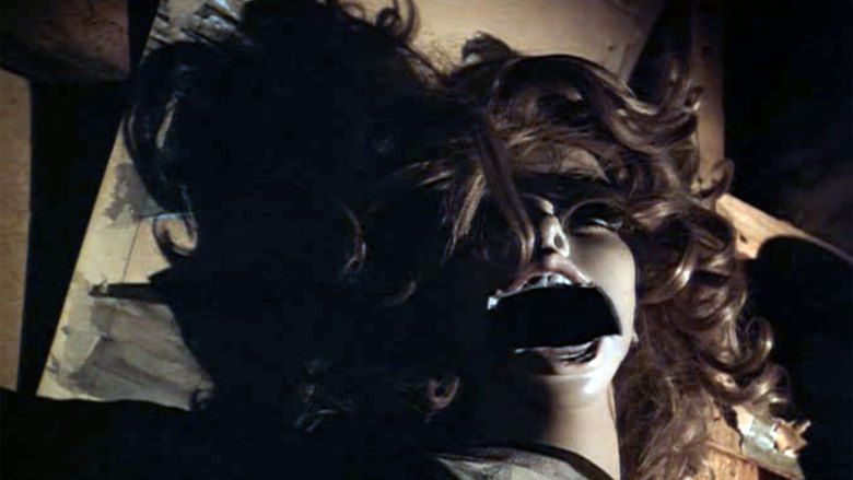 Tourist Trap (film) movie scenes