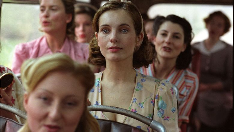 Twin Sisters (2002 film) movie scenes
