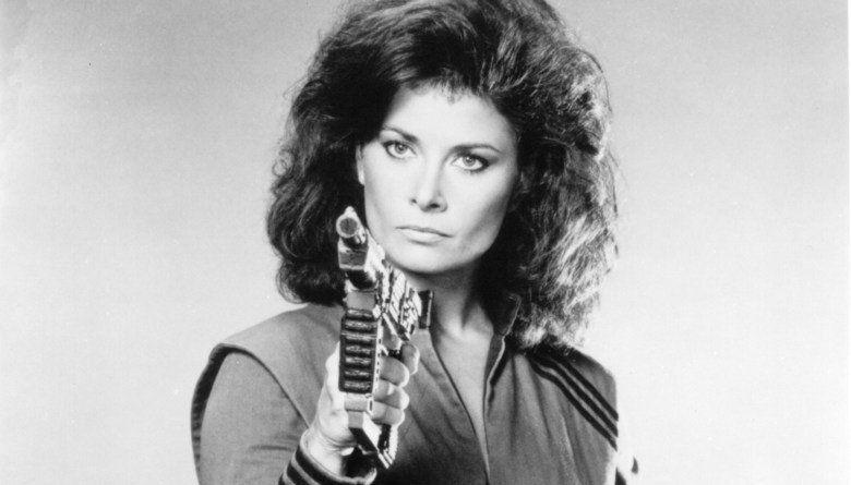 V (1983 miniseries) movie scenes