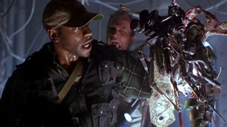 Virus (1999 film) movie scenes