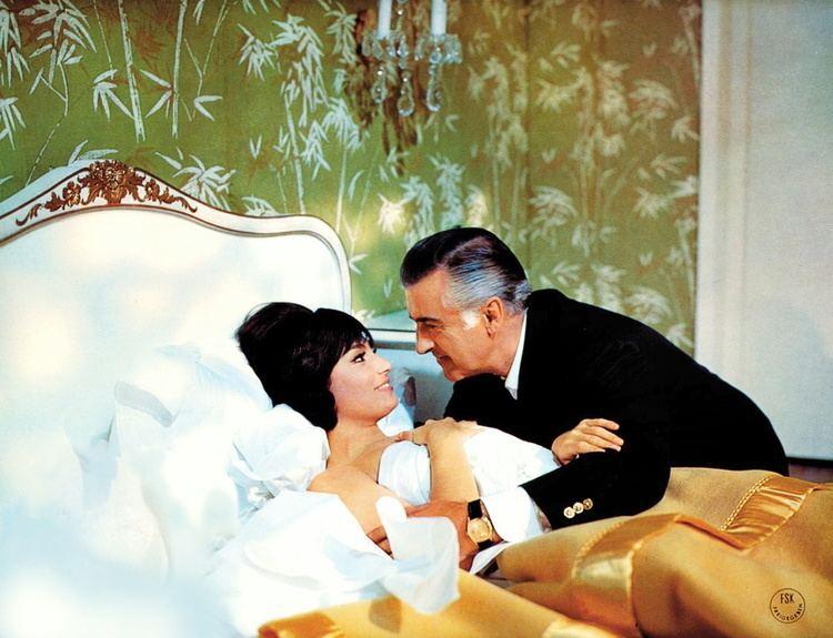 A 009 missione Hong Kong movie scenes Das Geheimnis der drei Dschunken A 009 missione Hongkong Kinostart 19 07 1965 BRD