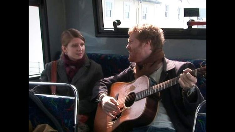 A Broken Sole movie scenes This scene was a spontaneous moment from Glen Hansard that was caught on film and Marketa Irglova s reactions to the impromptu lyrics were genuine