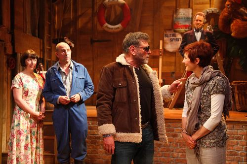 A Bunch of Amateurs Theatre review A Bunch of Amateurs at Watermill Theatre Newbury