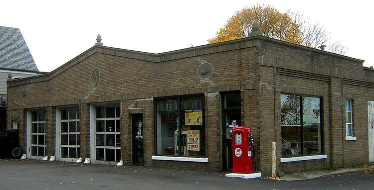 A. C. Smith & Co. Gas Station