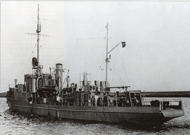 A-class minesweeper