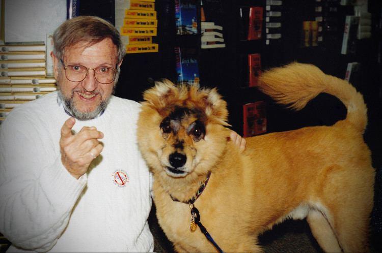 A Dog Named Gucci A DOG NAMED GUCCI ECO DOX