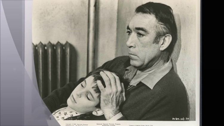 A Dream of Kings (film) Anthony Quinn in A Dream Of Kings 1969 YouTube