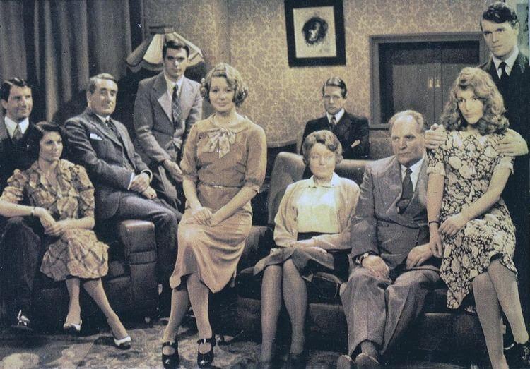 A Family at War Bear Alley TV Tieins A Family at War