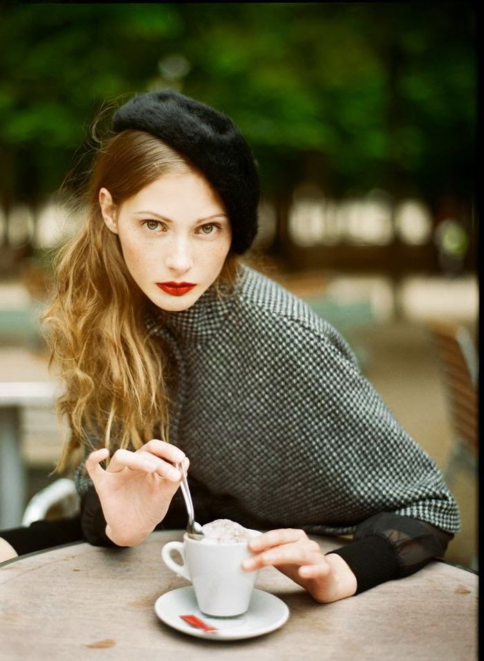 A French Woman Parisian Chic Street Style Dress Like A French Woman FashionGumcom