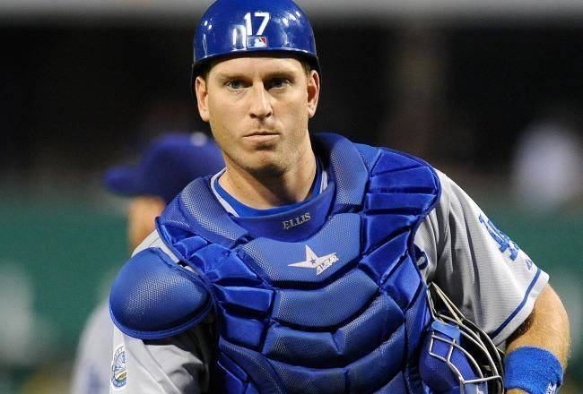A. J. Ellis Dodgers News AJ Ellis Gives Dodgers An Edge On And Off