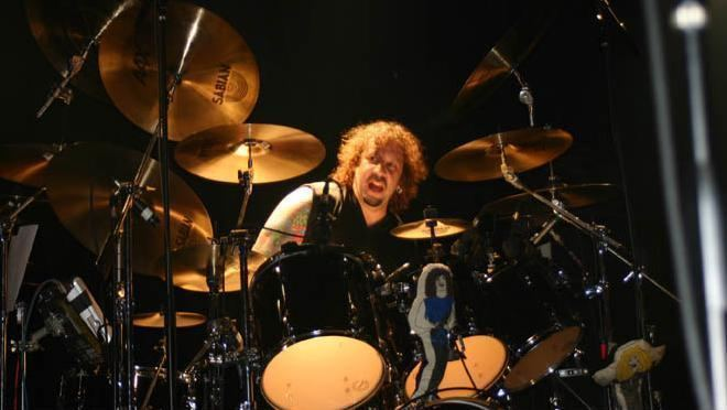 A. J. Pero Twisted Sister Drummer AJ Pero Dies at Age 55 DAILY HEADBNGER