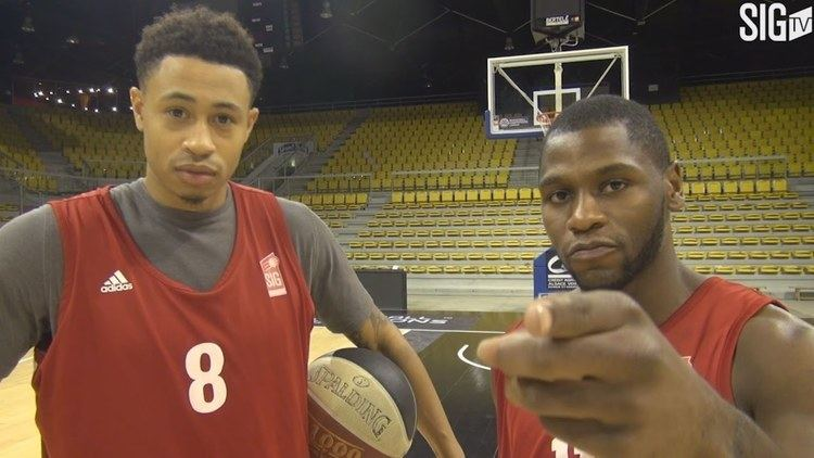 A. J. Slaughter Erving Walker et AJ Slaughter trick shots challenge YouTube