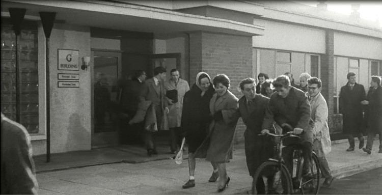 A Kind of Loving (film) A Kind of Loving film scenes from inside the Mullard Blackburn