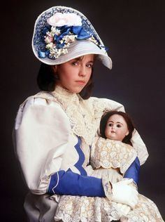 A Little Princess (1986 miniseries) httpssmediacacheak0pinimgcom236x084c42