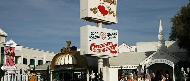 A Little White Wedding Chapel Little White Wedding Chapel Las Vegas Hotels Shows Restaurants