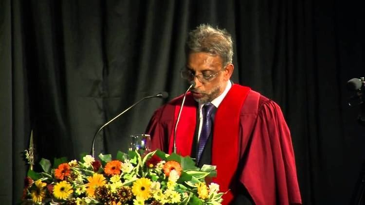 A. M. Mubarak Dr A M Mubarak Convocation Address 2013 of University of Sri