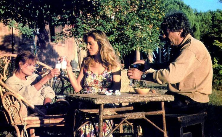 A Man in Love (1987 film) Cineplexcom A Man in Love