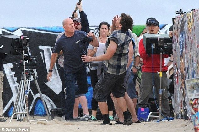 A Man on the Beach movie scenes He s the boss The actor was caught throwing punches at men portraying beach bums