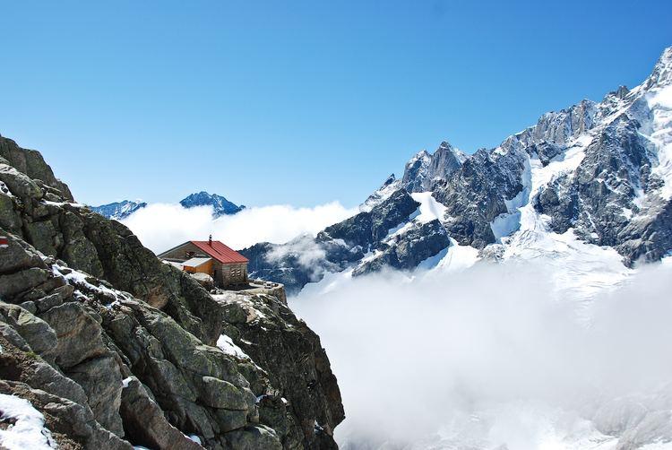 A Neuve Hut