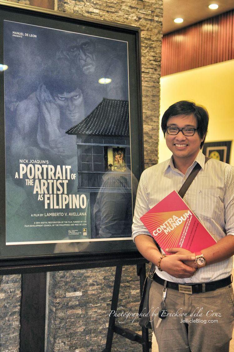 A Portrait of the Artist as Filipino httpsfarm8staticflickrcom770417272446001b4