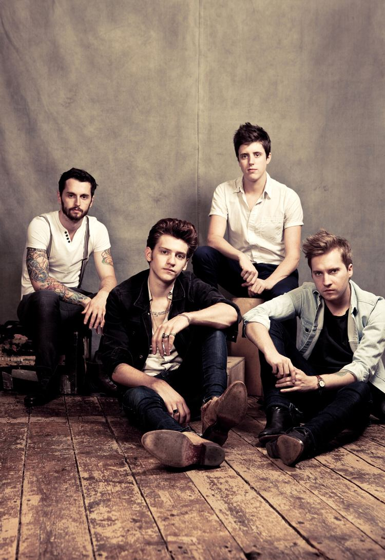 A Rocket to the Moon wwwmtvcomcropimages20130910A20Rocket20To
