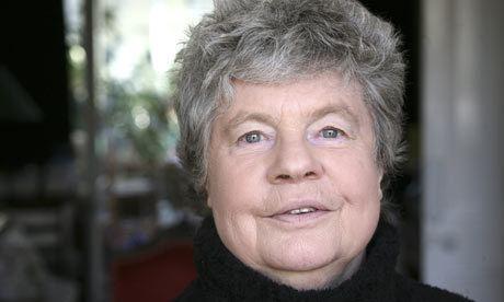 A. S. Byatt AS Byatt says women who write intellectual books seen as