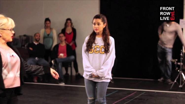A Snow White Christmas (musical) Ariana Grande quotA Snow White Christmasquot rehearsal featuring Neil