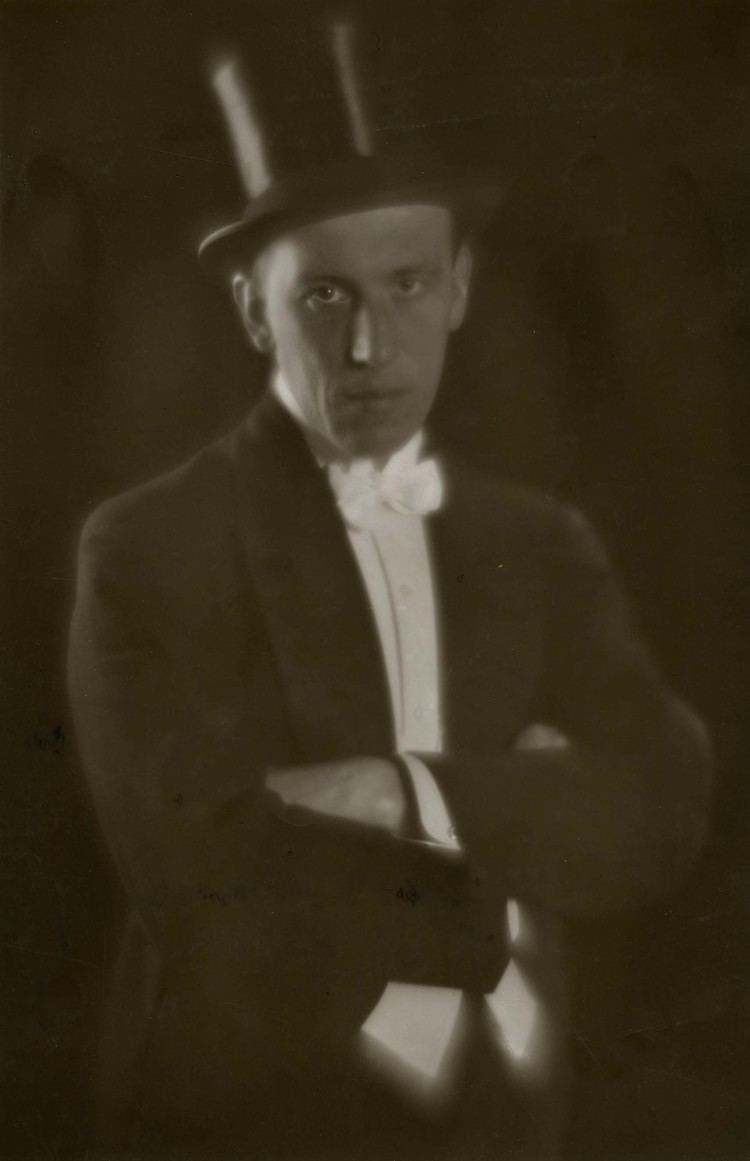 A. W. Sandberg A W Sandberg 22 May 1887 27 March 1938 was a Danish film