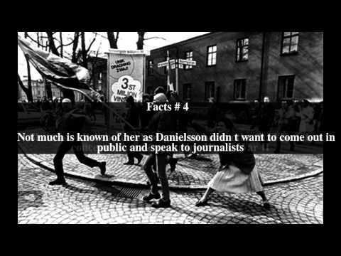A Woman Hitting a Neo-Nazi With Her Handbag A Woman Hitting a NeoNazi With Her Handbag Top 6 Facts YouTube
