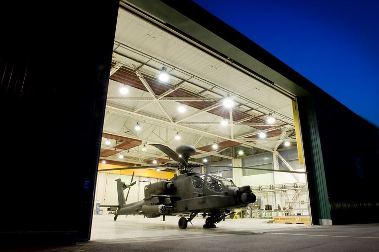 AAC Middle Wallop FileArmy Air Corps Apache Attack Helicopter at AAC Middle Wallop