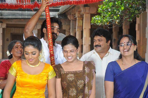 Aadu Puli Chennai365 Aadu Puli Movie Photo Gallery