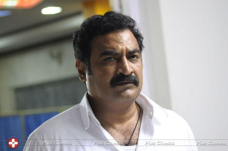 Aadukalam Naren Aadukalam naren nilaavukku 2 seattu movie stills picture